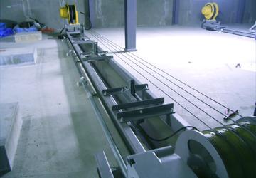 電動昇降装置(天井裏)